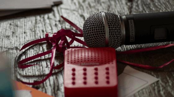 Schall und Raucher – die Poetry Slam Lesebühne im Café Livres