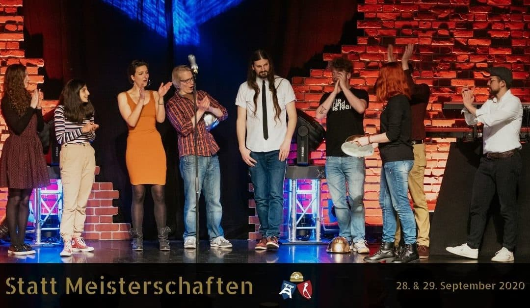 Poetry Slammer bei der Preisverleihung der Essener Stadtmeisterschaften 2019